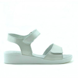 Children sandals 532 white pearl