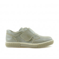 Small children shoes 50c sand