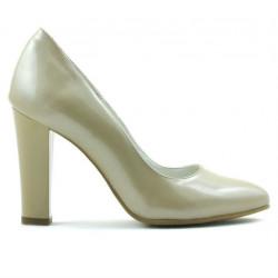 Women stylish, elegant shoes 1214 patent beige02