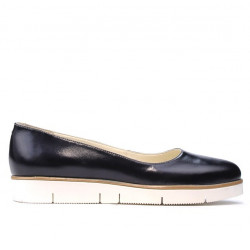 Women casual shoes 677 patent indigo