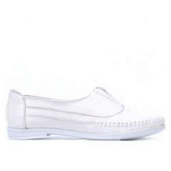 Women loafers, moccasins 675 white