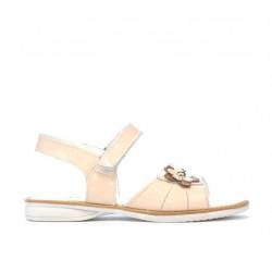 Small children sandals 55c patent nude