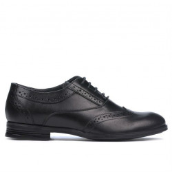 Teenagers stylish, elegant shoes 393 black