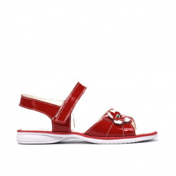 Small children sandals 55c patent red