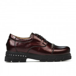 Children shoes 2003 patent bordo