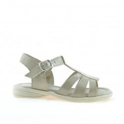 Small children sandals 53c patent beige
