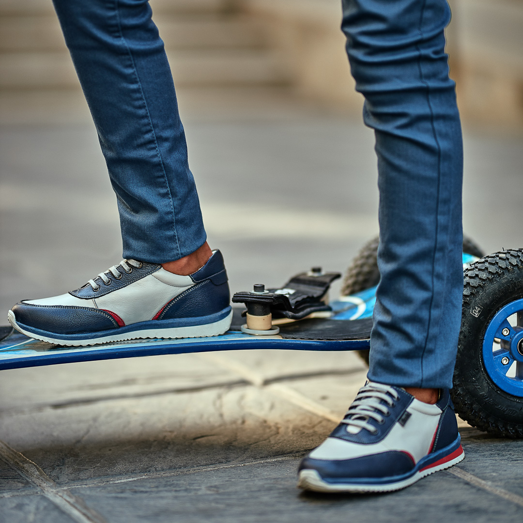 pantofi sport adolescenti