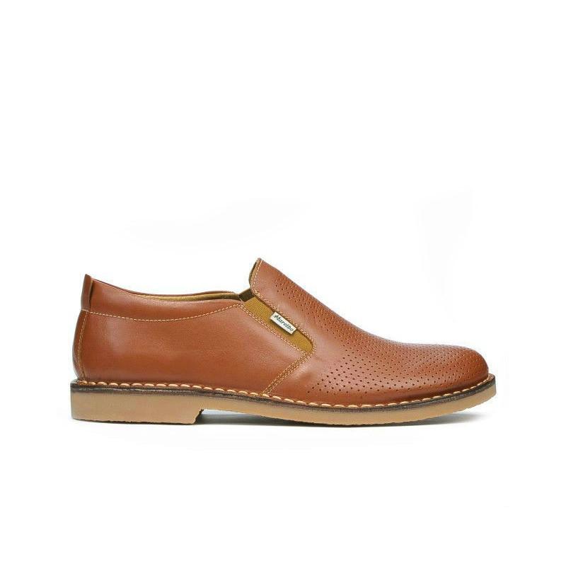 Pantofi casual barbati (marimi mari) 7200mp maro perforat. Pret accesibil. Piele naturala.