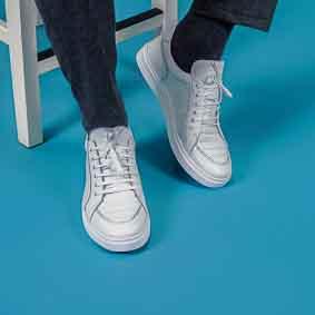 Teenagers, teens footwear